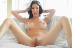 Pure Mature Dava Foxxx in Breakfast in Bed 10