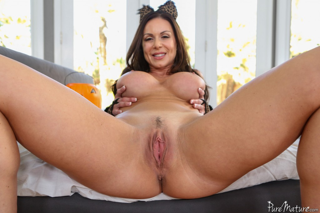 Magnificent Pussy cock starts kendra squirting