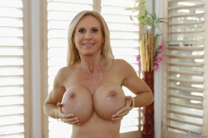 Pure Mature Brooke Tyler in Dirty Triple D's 8