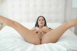 Pure Mature Diamond Kitty in Big Tits Eager Ass