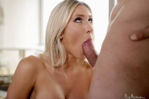 Pure Mature Audrey Show in Melt in My Mouth 6