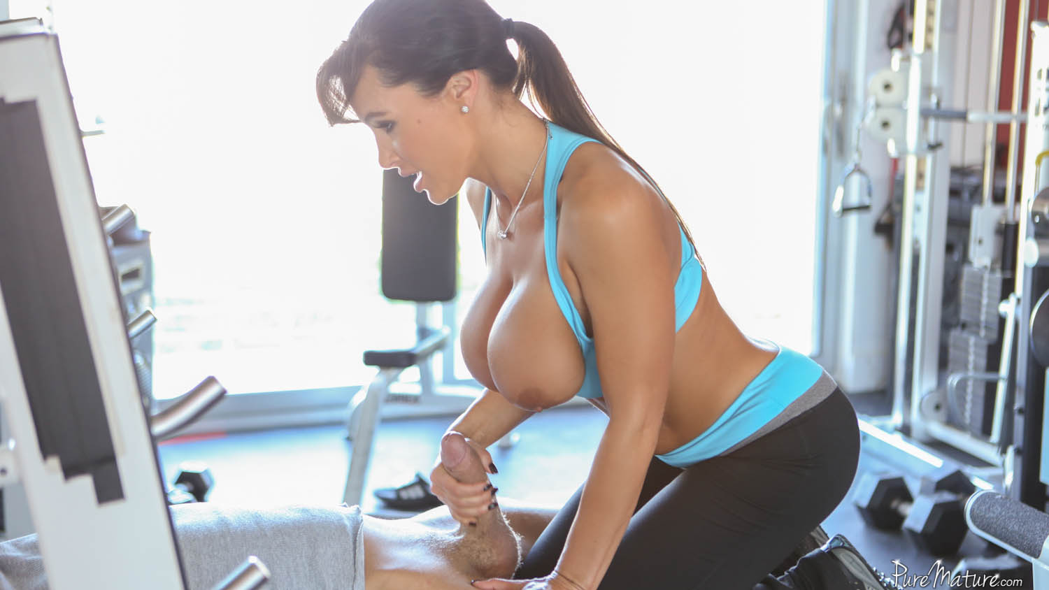 the gym at Lisa ann puremature