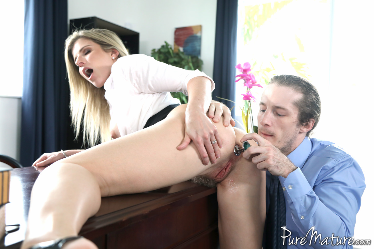 Puremature milf cory chase fuck amd facial after run in park - 1 8