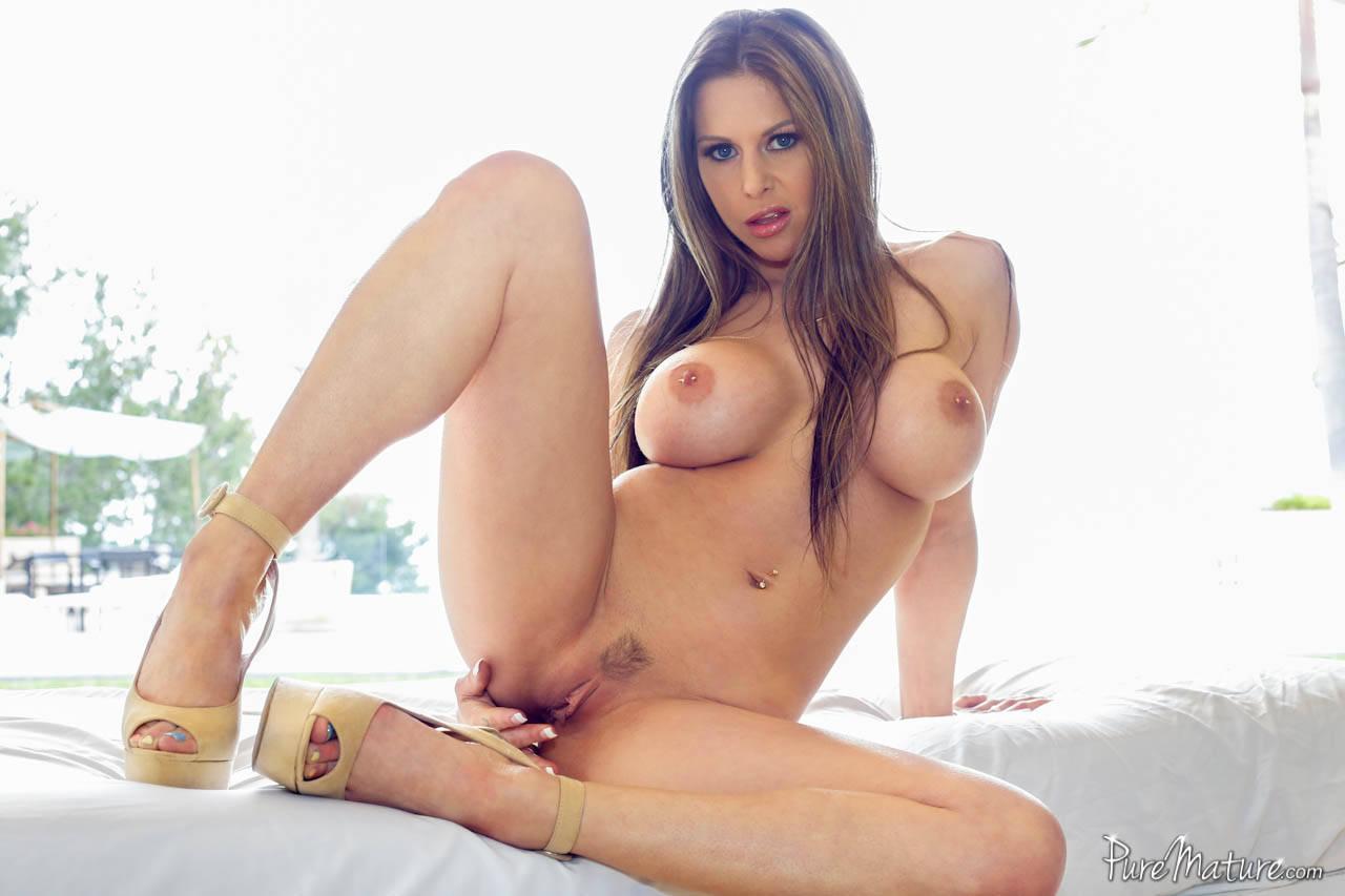 Actrice porno gros seins wikipedia