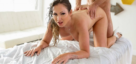 Pure Mature Yasmin Scott in Luscious Tits Nuru Massage 22