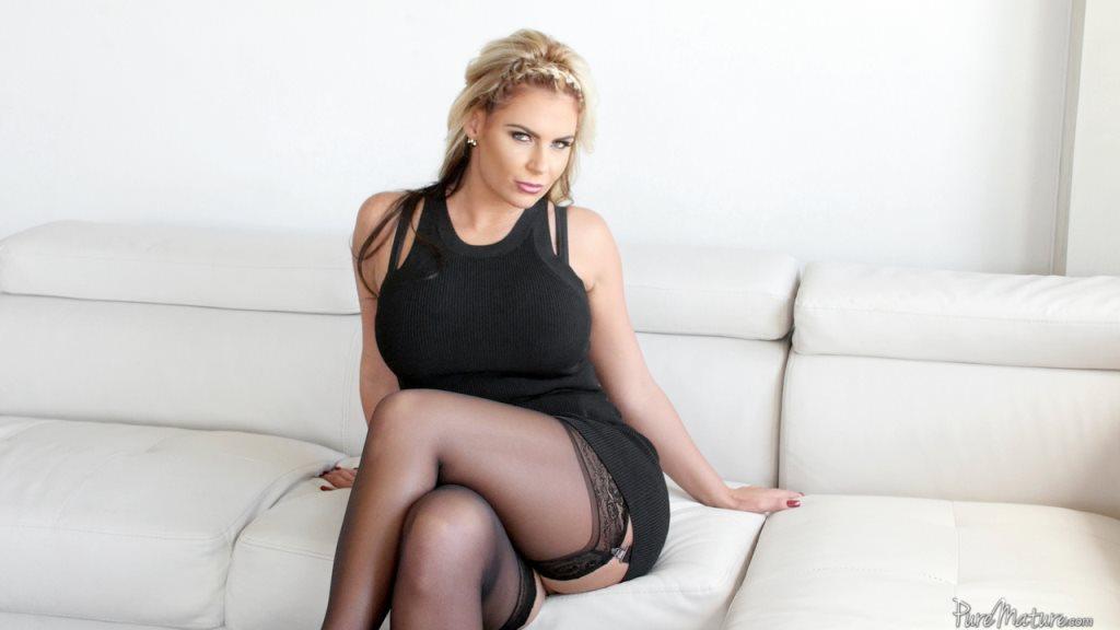 Pure Mature Phoenix Marie in Luscious Tits - Pure Mature